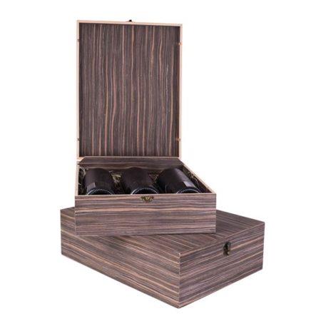 Dekorativni drveni kovčeg sa tri boce vina po izboru